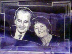 Gravírované portréty na plochom skle